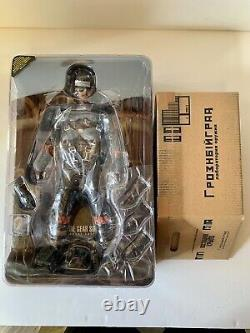 Hot Toys 1/6 Metal Gear Solid 3 Snake Eater Naked Snake Sneaking Suit Ver VGM15