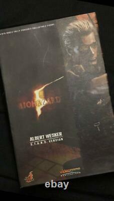 Hot Toys 1/6 Resident Evil Biohazard 5 Albert Wesker S. T. A. R. S. Ver VGM08 figure