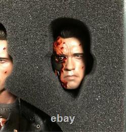Hot Toys DX13 DX 13 T800 T 800 Terminator 2 Judgement Day Battle Damaged Ver