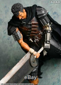 Medicom Toy Real Action Heroes No. 704 RAH Berserk Guts Dark Knight Ver