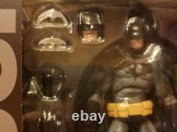 New Sealed Mafex N. 126 DC Batman From Hush (black & Grey Ver.) Medicom Toy